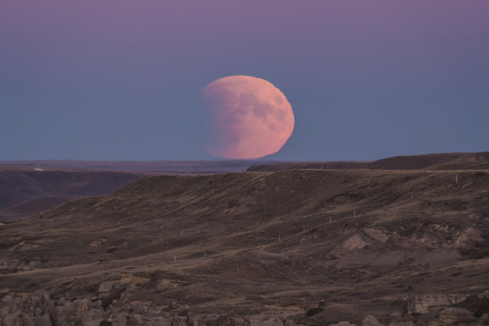 Dyer-Rising Eclipsed Moon-m