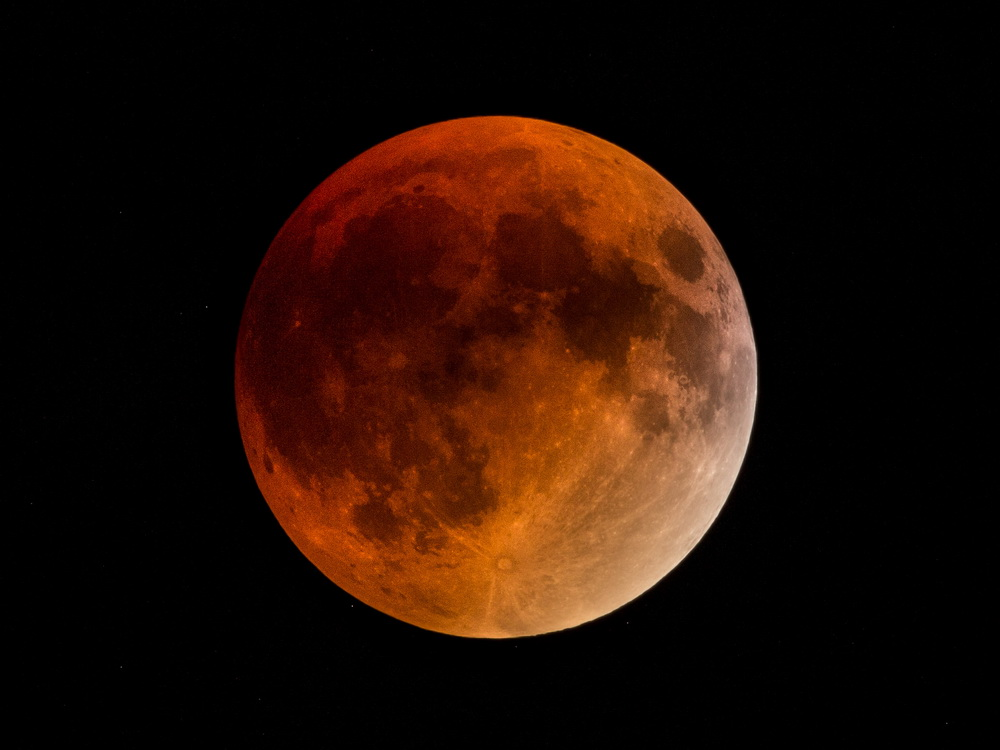 McMullen-27-9-15 lunar eclipse